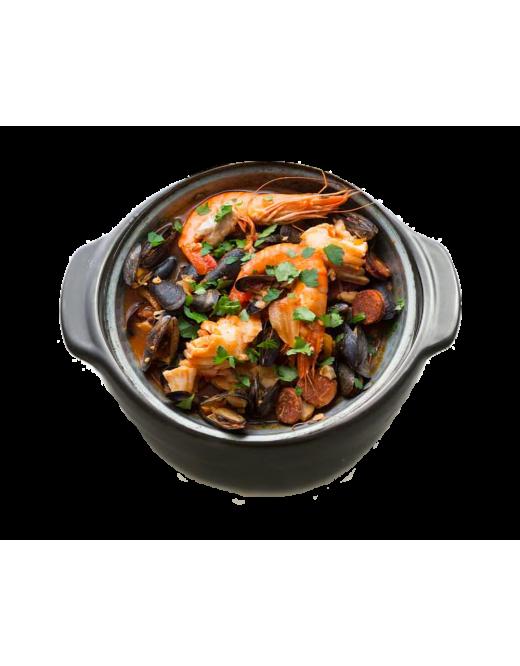 Marmite de crevettes et de moules à l'orientale